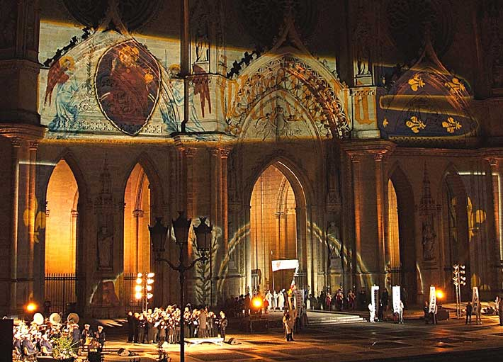 Image of Joan's Banner at Reims Cathedral Celebration - Photo from 2005 Pilgrimage with www.PilgrimWitnesses.com